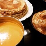 Sötpotatissoppa med curry och kokos.